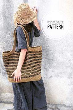 Crochet Beach Bags, Crocheted Bags, Crochet Tote, Crochet Handbags, Tunisian Crochet, Treble Crochet Stitch, Crochet Stitches, Crochet Patterns, Crochet Hook Sizes