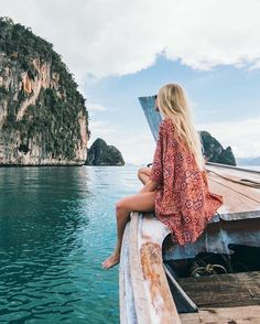 Thailand travel chic wanderess wanderlust outfits for travel, what to wear on vacation, what to pack on vacation Oh The Places You'll Go, Places To Travel, Travel Destinations, Thailand Destinations, Winter Destinations, Photos Voyages, Foto Pose, Travel Goals, Travel Pose