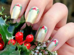 Gold nails with mistletoe by Beauty by Suzi