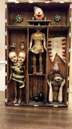 Cabinet of Curiosities by Sharon Ross - typically beautiful, crazy, adorable, creative and wonderful Nawleens - I miss NOLA when I'm in the UK! Halloween Crafts, Halloween Decorations, Cabinet Of Curiosities, 3d Studio, Arte Horror, Creepy Dolls, Doll Parts, Assemblage Art, Weird And Wonderful