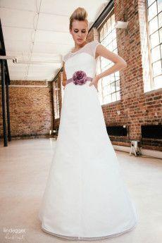 Pippa – Brautkleid in A-Form aus Tupfen-Tüll - küss die Braut