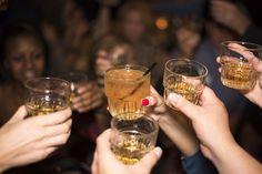 tak teda nazdravie, keď je ten piatok konečne! Čo dnes pijeme? :P https://www.svetnapojov.sk/