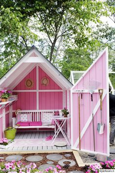 Pink shed all to myself♥