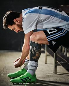Lionel Messi is ready for the 2018 FIFA World Cup Russia! Messi 10, Lional Messi, Messi Fans, Messi Soccer, Messi Argentina, Argentina Football Team, Argentina Soccer, Good Soccer Players, Football Players
