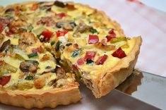 Quiche cu legume si pui ⋆ Happy Cooks by Irina & Andreea Good Healthy Recipes, Baby Food Recipes, Bread Recipes, Cooking Recipes, Happy Cook, Irish Soda Bread Recipe, Good Food, Yummy Food, Quiche Lorraine