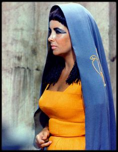 Rare and Beautiful Color Photos of Elizabeth Taylor Portrayed the Egyptian Queen Cleopatra
