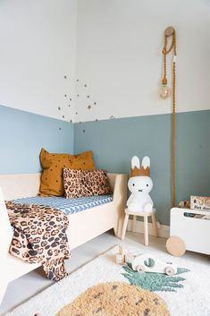 22 Simple Warm Brown Home Design and Decor Ideas to Update Your Living Space - The Trending House Baby Bedroom, Nursery Room, Boy Room, Girls Bedroom, Bedroom Ideas, Master Bedroom, Baby Room Lamps, Half Painted Walls, Brown Home Decor