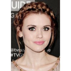 holland roden hair is goals Summer Hairstyles, Up Hairstyles, Braided Hairstyles, Teen Wolf, Lydia Banshee, Lydia Martin Style, Auburn Hair, Celebrity Hairstyles, Hair Hacks