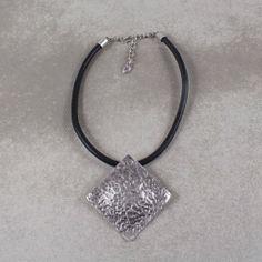 Arabella H1169 www.treatyjewellery.co.uk