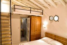 The small guesthouse Damma Mia in Damouchari Pelion is housed in an old building .