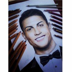 drawing realistic cristiano Ronaldo..