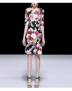 8db36ab27f83 2019 New Women Runway Summer Dress Half Sleeve Flower Print Beading Vintage  Dress