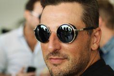 Mens Fashion: Round sunglasses