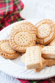 Shortbread Cookies - Against All Grain Against All Grain - Delectable paleo recipes to eat & feel great Gluten Free Sweets, Gluten Free Baking, Healthy Sweets, Gluten Free Shortbread Cookies, Paleo Cookies, Baby Cookies, Almond Shortbread Cookies, Against All Grain, Real Food Recipes