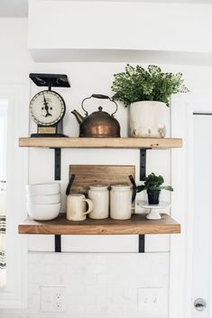 How to Style Open Shelving in Six Easy Steps. Styling open shelving doesn t have to complicated. these simple steps for the shelves in your home. Kitchen Shelf Decor, Shelves In Kitchen, Decorating Kitchen, Kitchen Organization, New Kitchen, Kitchen Ideas, Kitchen Corner, Kitchen Modern, Kitchen Layout
