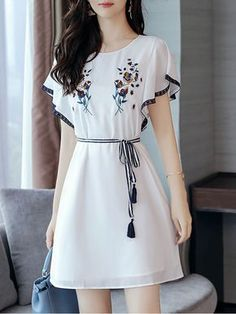 Round Neck Bowknot Embroidery #skater #dresses