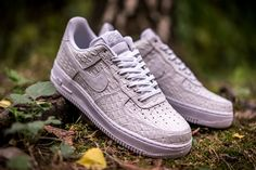 "Nike Air Force 1 07 LV8 ""White Croc"""
