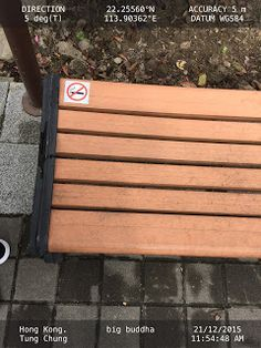 -No Smoking- sign on park bench   Bench HongKong Signs Smokers