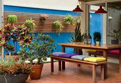 Inspiração ♡ #interiores #design #interiordesign #decor #decoração #decorlovers #archilovers #inspiration #ideias #áreaexterna #quintal #exterior #outdoor #jardimvertical #jardim #paisagismo #garden