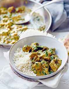 Creamy lamb, spinach and cashew curry With hints of spice, our curry is a great way to liven up your week. Super creamy, nutty and low in calories, this recipe is perfect for a simple family dinner