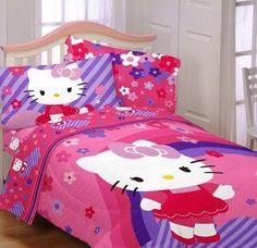 Hello Kitty Raining Flowers Reversible Bedding Comforter Twin Full Bedspread