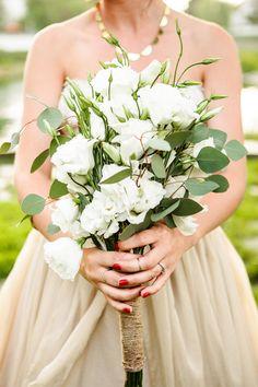 ivory flower + eucalyptus #bouquet, photo by Katie Ruther http://ruffledblog.com/handcrafted-fall-wedding #flowers #wedding
