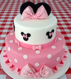Dummy cake, two tier Minie Mouse cake polka dots and big pink bows made for my c. Dummy cake, two tier Minie Mouse cake polka dots and big pink bows made for my c. Minni Mouse Cake, Minnie Mouse Birthday Cakes, Mickey Mouse Cupcakes, Minnie Mouse Baby Shower, Baby Birthday Cakes, Mickey Birthday, 2nd Birthday, Bolo Minnie, Minnie Cake