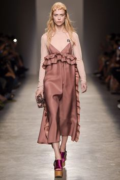 a755803123d6 Runway Report: Rochas SS17 2016 Fashion Trends, Fashion News, Dressed To  Kill,