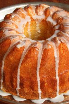 Key Lime Cake: easy #recipe using boxed cake mix & instant pudding!