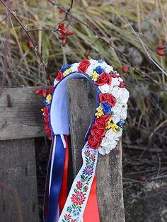 slovakia folk wedding headband by michelle flowers