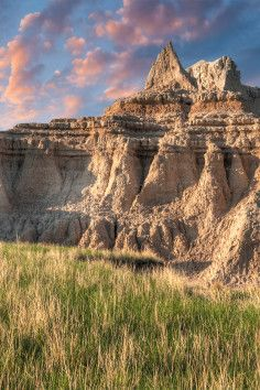 Castle Trailhead, a moderate hike with amazing views in Badlands National Park.