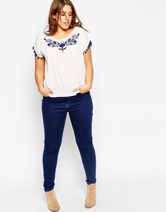 Browse online for the newest ASOS CURVE Top With Embroidery And Pom Poms styles. Curvy Outfits, Dope Outfits, Simple Outfits, Casual Outfits, Fashion Outfits, School Outfits, Fashion Styles, Looks Plus Size, Curvy Plus Size