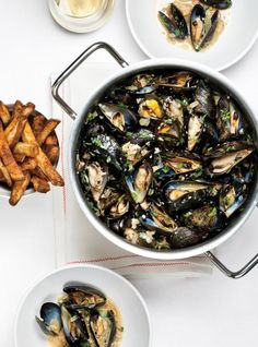 Ricardo's recipes : Mussels with Sausage