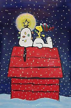 snoopy christmas lights on doghouse thepeanuts snoopy. Black Bedroom Furniture Sets. Home Design Ideas
