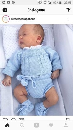 Love and beauty in all the handmade sets of Wonderful ️ ️ Baby Boy Knitting Patterns, Baby Sweater Knitting Pattern, Knitting For Kids, Baby Patterns, Retro Mode, Baby Pullover, Baby Mine, Baby Sweaters, Reborn Babies