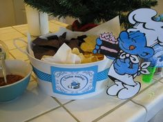 The Paper Pony: smurfday party