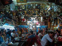 Tea house, Esfahan, Iran by Ferry Vermeer (slowing down), via Flickr