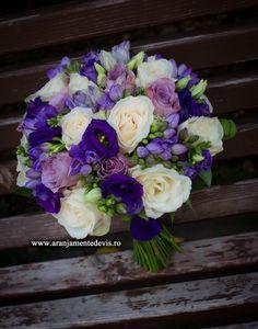 Nasa, Floral Wreath, Wreaths, Weddings, Bride, Makeup, Wedding Bride, Make Up, Makeup Application