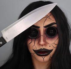 🌹Ꮲɪɴᴛᴇʀᴇsᴛ @sɴᴇᴀᴋᴇʀ ʙᴀᴇ Gory Halloween Makeup, Maquillaje Halloween, Halloween Make Up, Sfx Makeup, Glam Makeup, Insta Makeup, Special Effects Makeup, Full Face Makeup, Halloween Disfraces