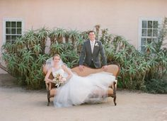 Late summer romance in Santa Barbara: http://www.stylemepretty.com/2014/08/18/late-summer-romance-in-santa-barbara/ | Photography: http://www.michaelandannacosta.com/
