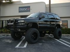 Nice and lifted older model Chevy Tahoe Chevrolet Tahoe, Lifted Chevy Tahoe, Chevrolet Suburban, Chevrolet Blazer, Chevy 4x4, Gmc Trucks, Lifted Chevy Trucks, Chevrolet Trucks, Pickup Trucks