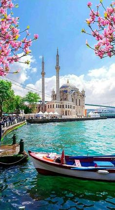 Istanbul TURKEY - Travel tips - Travel tour - travel ideas Places To Travel, Places To See, Travel Destinations, Beau Site, Istanbul Travel, Turkey Travel, Turkey Vacation, Photos Voyages, Travel Aesthetic