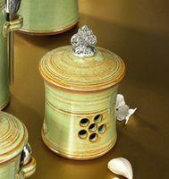 Crosby & Taylor: Garlic Pots
