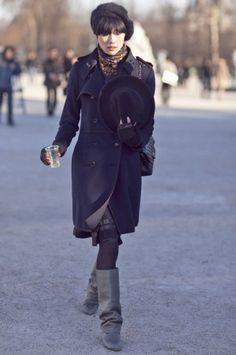 私服もおしゃれなモデル岡本多緒。