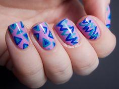 Chalkboard Nails: Two-Hand Mix Up Crazy Nails, Love Nails, How To Do Nails, Nail Art Blog, Nail Art Hacks, Pretty Nail Art, Cool Nail Art, 80s Nails, Chalkboard Nails