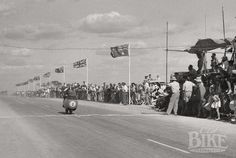 Australian People, Australian Flags, Melbourne To Adelaide, Little River, Old Bikes, Moto Guzzi, Road Racing, The Locals, Grand Prix