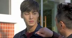 Lee Tae Hwan in Pride and Prejudice Lee Tae Hwan, K Idol, Pride And Prejudice, Kdrama, Actors, Boys, Asian, Babies, Hot Guys