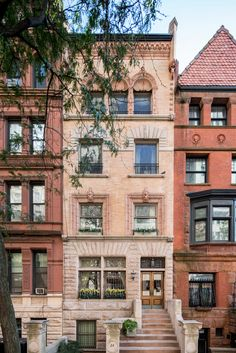 An elaborately detailed brick-above-granite townhouse at 24 West 71st Street, a historic Upper West Side block, is about to enter the market at $29 million. When the five-story residence, designed in 1888 by Hugh Lamb and Charles Alonzo Rich and fully restored two decades ago