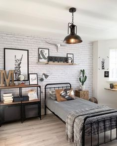 Brilliant Bedroom Decoration Ideas For Your Boy Bedroom Decoration boys bedroom decor Boys Bedroom Decor, Room Ideas Bedroom, Girl Bedrooms, Bedroom Themes, Bedroom Beach, Boys Bedroom Ideas Tween, Boys Room Ideas, Boys Bedroom Furniture, Bedroom Inspo
