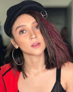 Kathryn Bernardo Filipina Actress, Filipina Beauty, Kathryn Bernardo, Amelia Zadro, Beautiful Inside And Out, Girl Crushes, Asian Beauty, Braided Hairstyles, Asian Girl
